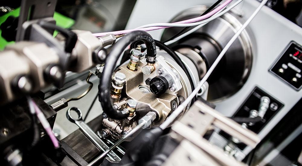 Common-Rail-Hochdruckpumpe auf dem Prüfstand